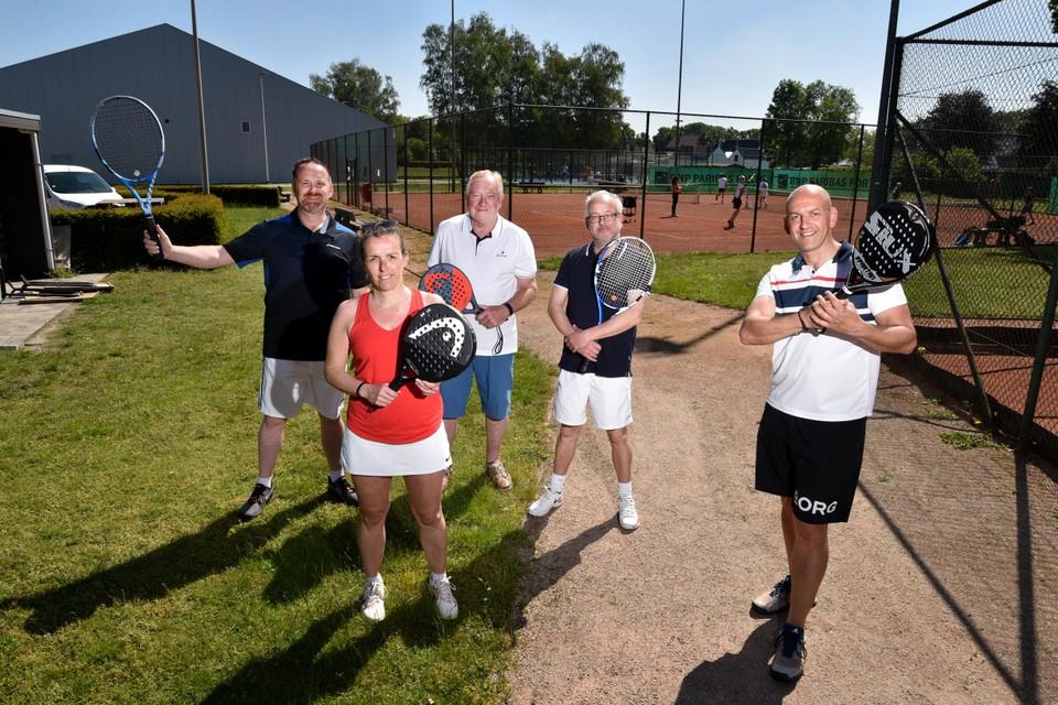 TC Basveld bereikte zowel voor padel als tennis haar limiet qua ledenaantal.