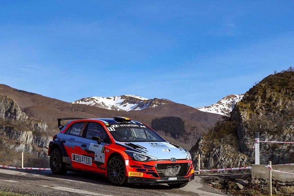 Thierry Neuville bleek samen met corijder Martijn Wydaeghe de snelste in de Italiaanse Rally Il Ciocco.