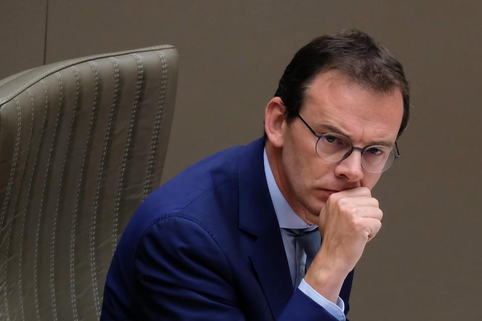 Vlaams minister van Welzijn Wouter Beke ligt al een tijdje onder vuur. Het politiek bestuur van CD&V veroordeelt de interne aanvallen.