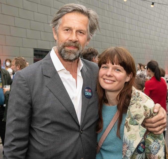 Hoofdrolspeler Johan Heldenbergh met zijn echtgenote Fien.